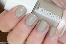 NUEVO Khroma Kardashian Esmalte de uñas Laca En Ember Topo Gris Caqui 814