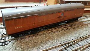 LNER etched brass non-corridor full brake coach kit built