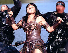 Xena Photo Club Photoclub August 2002 photograph Aug 02 Xena fights bad guys
