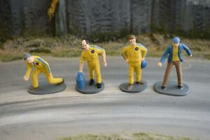 Painted Race Crew - Yellow - 1/32 Scale - Scalextric Carrera Ninco Scenery