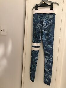 ladies camouflage Running Bottoms Leggings. Size Small