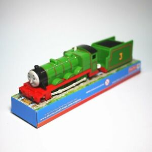 TRACKMASTER THOMAS TANK ENGING MOTORIZED TOY TRAIN- HENRY W/ 1 TRUCK