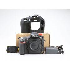 Nikon D800E + Sehr Gut (228555)