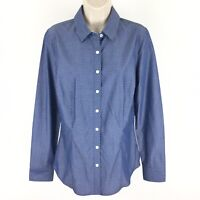 Van Heusen women's size medium chambray long sleeve button down Cotton shirt