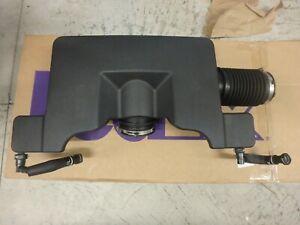 2014-2020 GM Silverado Sierra Yukon V8 6.2 Air Filter Cleaner Box Intake Duct