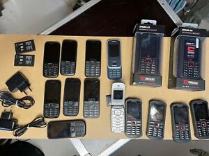 Lot de 15 téléphones portables