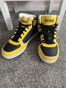 DC Comics Hi top BATMAN Yellow Black trainers hightops Size 5.5 rare NEW