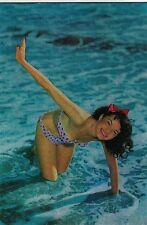 PIN UP Girl Sexy Bikini Beach PC 1950s Real Photo Early 3D Metallic effect 9
