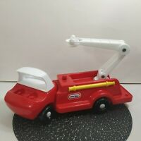 Vintage Little Tikes Red Fire Truck With Extendable Ladder MADE IN USA 0671-01