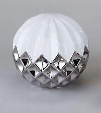 Moderne Deko-Kleinplastiken fürs Wohnzimmer