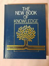 The New Book of Knowledge Annual 1993 (Hardcover)