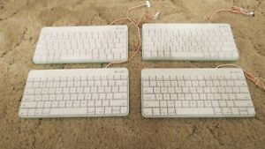 Logitech Wired Keyboard - For iPad 30 - pin Connector Lot of 4