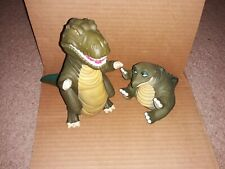 1988 Pizza Hut Land Before Time Dinosaur Puppets 2 Toy Figures