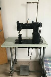 Post Sewing Machine Singer excellent condition Leathers Bags Footwear Upholstery