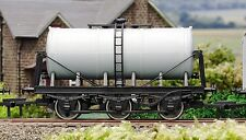 Dapol A021 - 'Un Painted' - Milk Tanker - 00 Gauge - New Boxed - Tracked 48 Post