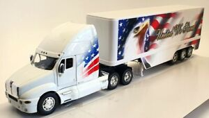 """New Ray 1/32 Scale Model Truck  - Kenworth T2000 """"United We Stand"""""""