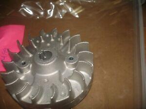 Toro 51988 PowerVac  flywheel   vacuum   blower part only Bin 110