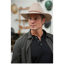 Justified Timothy Olyphant as Raylan Givens Looking On Outside 8 x 10 Inch Photo