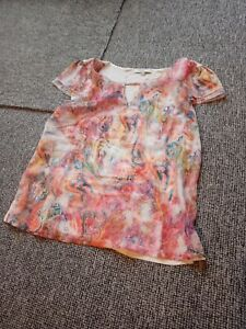 Ladies patterned t shirt size 10