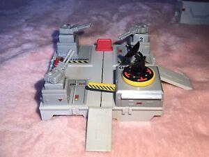Micro Machines Travel City Battle Block Complete