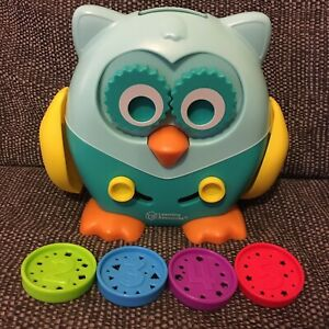 Learning Resources - Hoot the Fine Motor Owl * 1 Missing Coin*