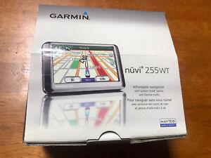 Garmin Nuvi 255WT & Car Dash Mount Charger Bundle. Free Shipping