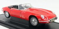 Road Signature 1/18 Scale Diecast - 92608 1971 Jaguar E-Type Roadster red