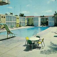 Vintage 1960s Lafayette Motel Lanais Postcard San Diego El Cajon Swimming Pool