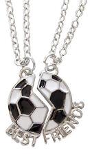 2 colliers, pendentif ballon de foot a séparer Best friends football.