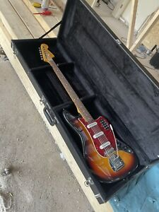 Very Rare Fender Bass VI reissue electric guitar, made in Japan (1995-96),