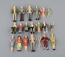 20Pcs 1:25 G Échelle Peint Assis Personnes Figurines Modèle Mise en page