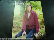 Wendy Aspire Chunky Pattern 5822 Jacket with collar or hood