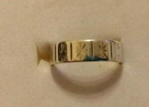 Vintage Sterling silver wedding ring size O/P