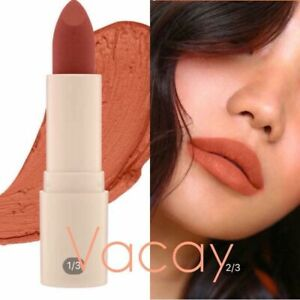 Sunnies Face Fluffmatte Lipstick in VACAY