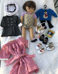 Pleasant Company American Girl Molly Doll MADE N GERMANY 1986 Tan Body W/ Extras