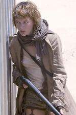 Milla Jovovich 11x17 Mini Poster Resident Evil gun