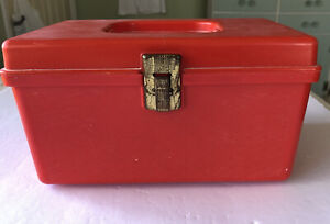 Vintage Wilson Wil-Hold Plastic Sewing Box With Removable Tray Red