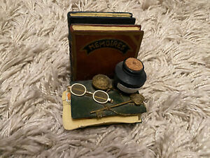 Harry Potter Style Bookend - Books, Glasses, Ink, Romeo And Juliet, Memories