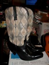 Charlie 1 Horse Lucchese Beautiful women's cowboy boots in excellent size 10B