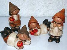 Herbstkinder 4erSet stehend liegend 5 cm und 10 cm hoch  Terracotta Dekoration