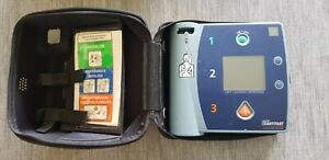 Philips / Laerdal Heartstart FR2 Semi-Automatic-Defibrillator