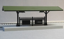 MTH LIGHTED PASSENGER STATION PLATFORM GREEN ROOF o gauge train figure 30-90315