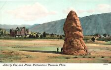 Postcard,Yellowstone National Park, Liberty Cap and Hotel, 1900s