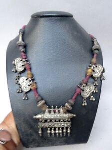 Halsband Indien