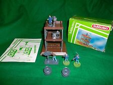 SUBBUTEO  T.V TOWER / GANTRY + FIGURES (WITH LADDER ) REF 61208
