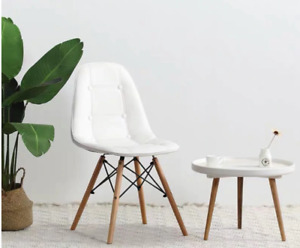 A set of 4 PU leather dining chairs, sturdy metal frames and beech hardware, kit