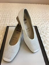 ARA RELAX FLEX Women Shoes S5.5M  (3.5 H Germany) Perforated Ivory Echt Leather