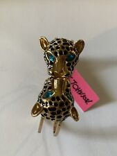 Betsey Johnson Rhinestone BLUE EYED DOUBLE Leopard head HINGED Bracelet-BJ50432-