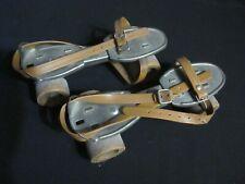 Ancienne paire de patin à roulettes Speedy Junior