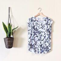Ann Taylor LOFT Outlet Women's Size Large Blue Floral Scoop Neck Blouse